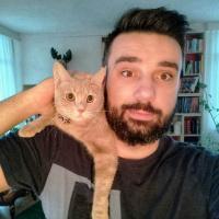 EMRE ERİŞEN - SENIOR DIGITAL SPECIALIST
